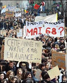 france_demo_080410 _06.jpg